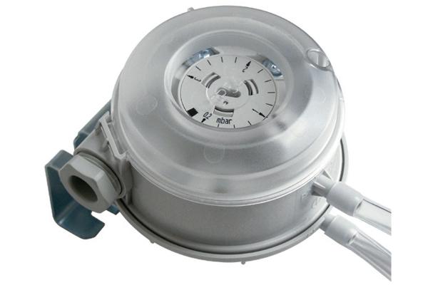 sensor-differenzdruckschalterB7D0C9F1-5FBA-C0B2-1E21-AFBE30E78262.jpg
